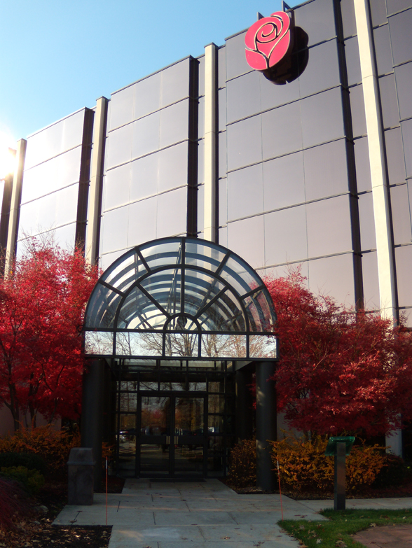 American greetings corp completes deal to go private american greetings corp has returned to its roots and is again a family owned business following the completion today aug 9 of the acquisition of the m4hsunfo